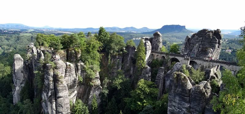 Basteibrücke Elbsandsteingebierge Deutschland Reisetipp 800 x 372