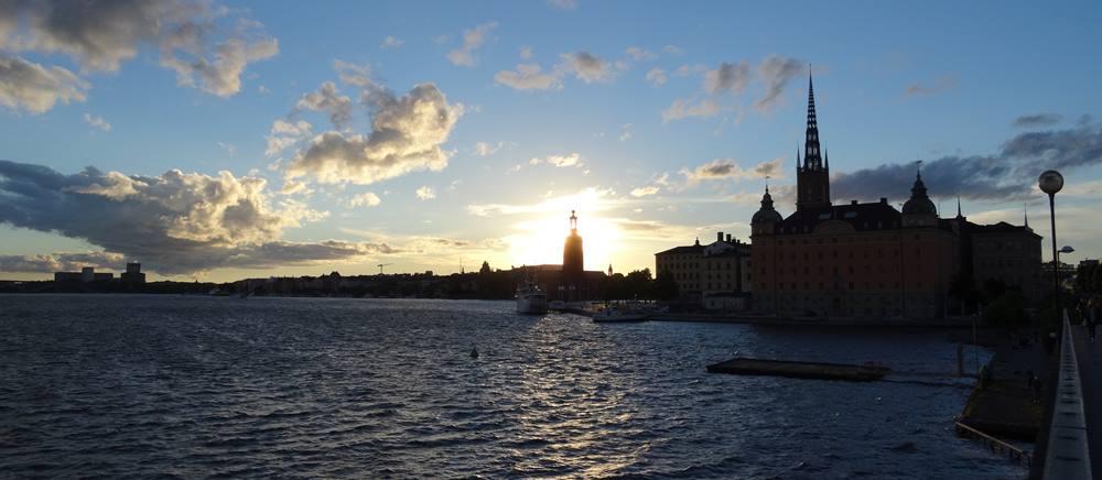 Stadshuset und Riddarholmen Sonnenuntergang